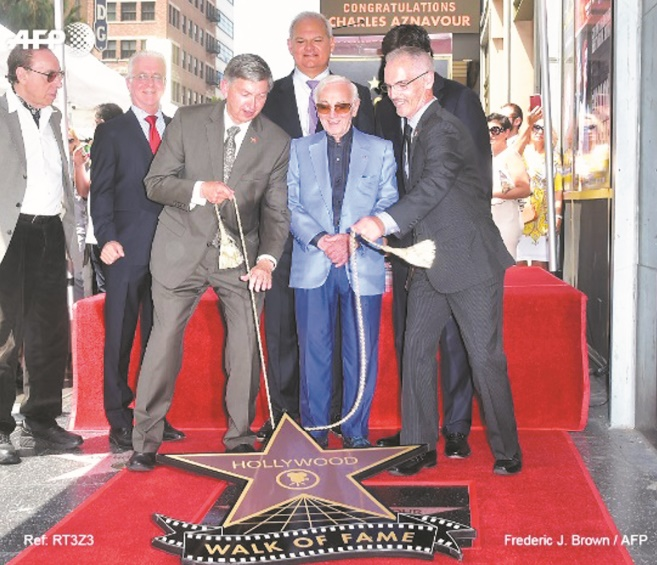 A 93 ans, Charles Aznavour obtient une étoile à Hollywood