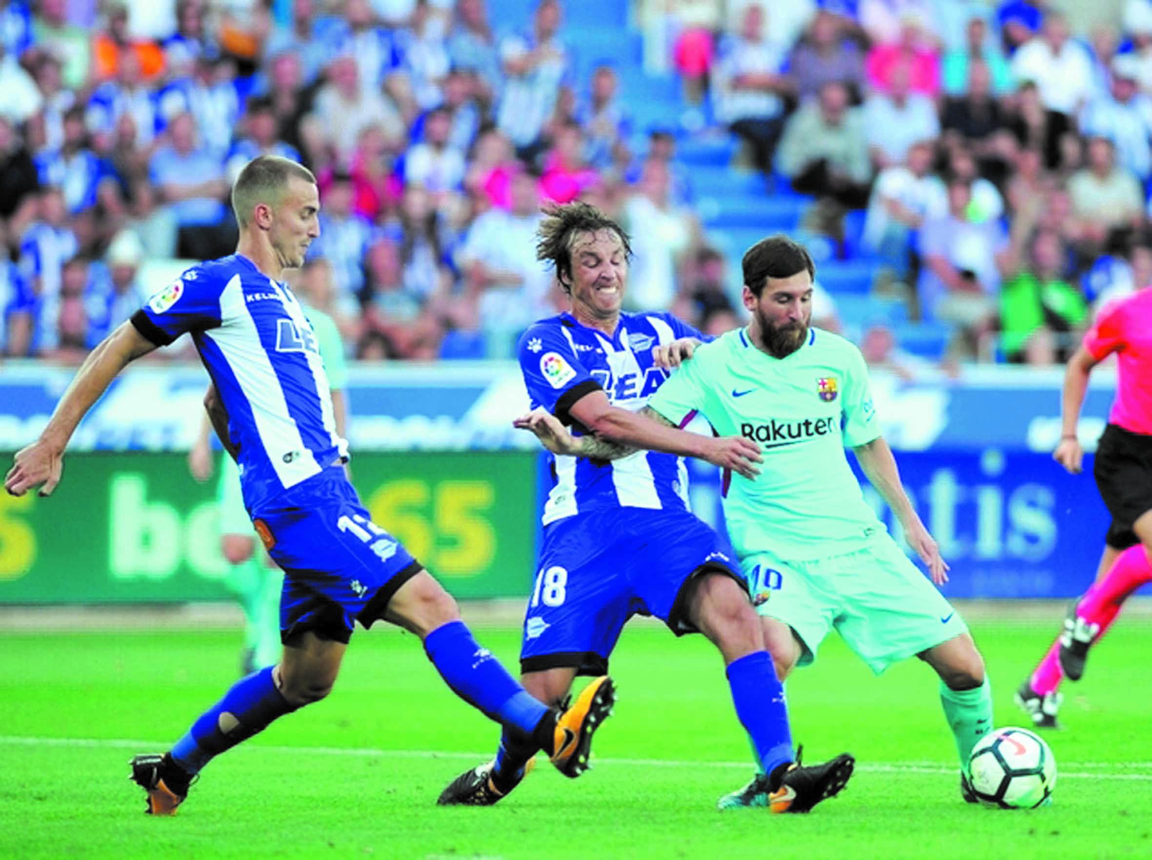 Messi mène le Barça en attendant Dembélé