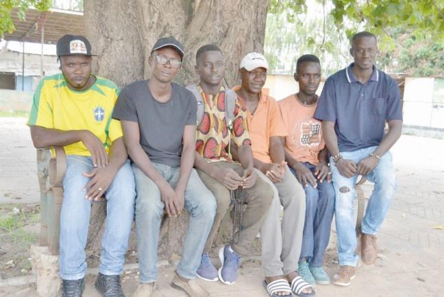 Des Gambiens veulent décourager le périlleux voyage vers l'Europe