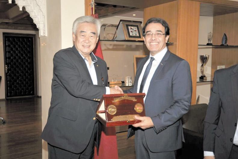 Abdelkrim Benatiq reçoit le président de la Fédération mondiale de taekwondo