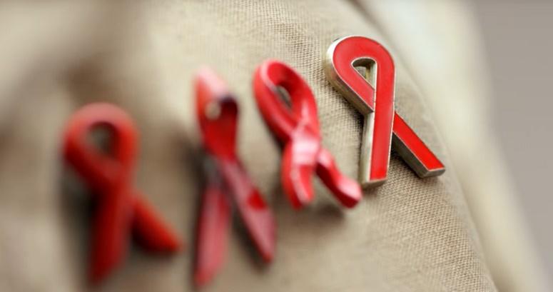 Création d'un triple-antiviral très efficace contre le virus du sida