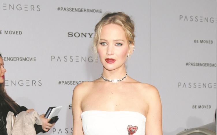Jennifer Lawrence a des crises d'angoisse en avion