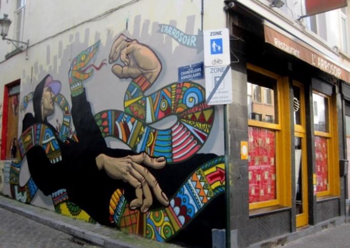 Les arts de la rue à Bruxelles, un patrimoine vivant d'une ville de plus en plus cosmopolite