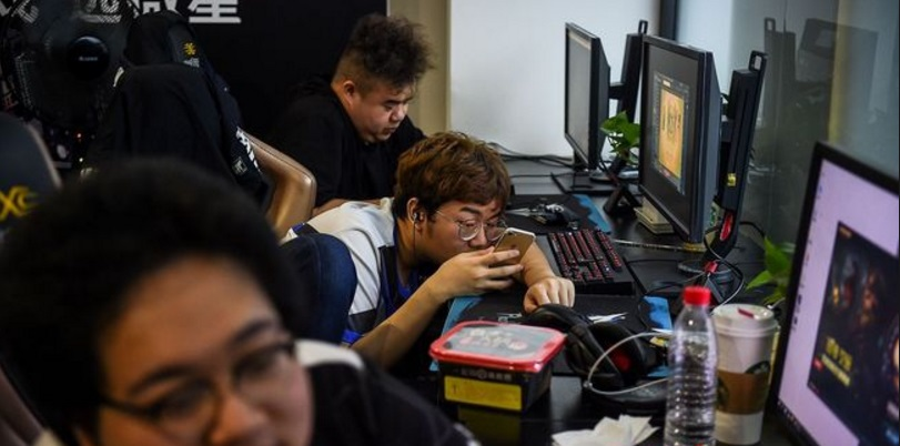 "​En Chine, le ""esport"" a son ""camp d'entraînement"""
