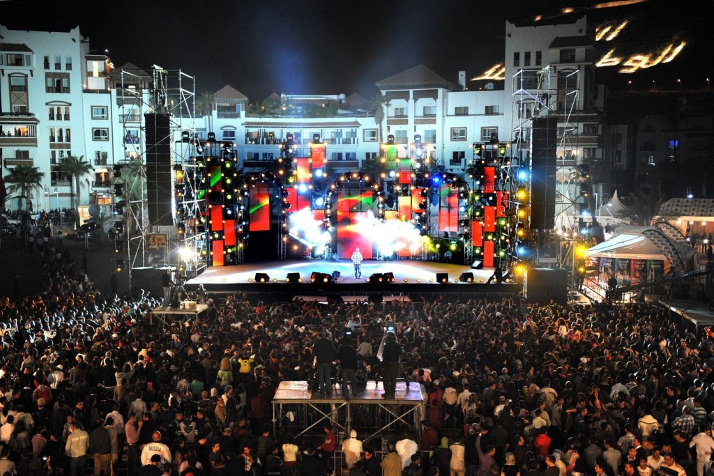 Des artistes d'horizons divers chantent la tolérance à Agadir