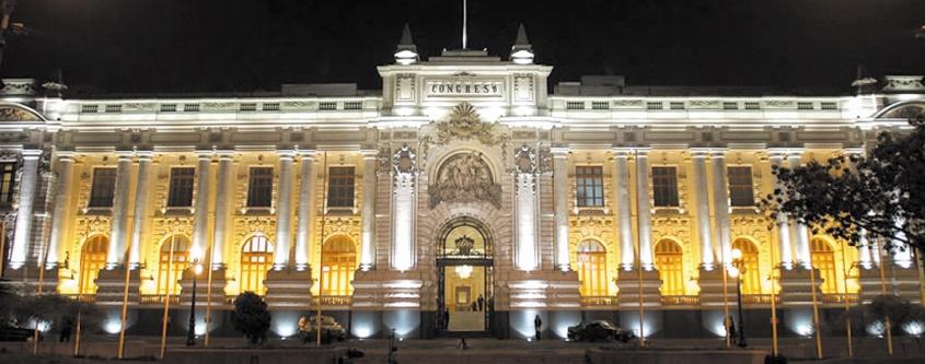 Le siège du Parlement péruvien.