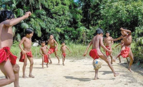 La tribu Waiapi, un voyage entre deux mondes