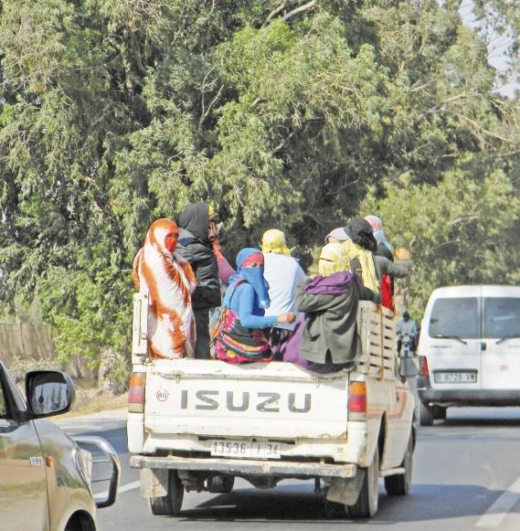 Un accident meurtrier à Chtouka Ait Baha fait revivre le débat sur les conditions des ouvriers agricoles