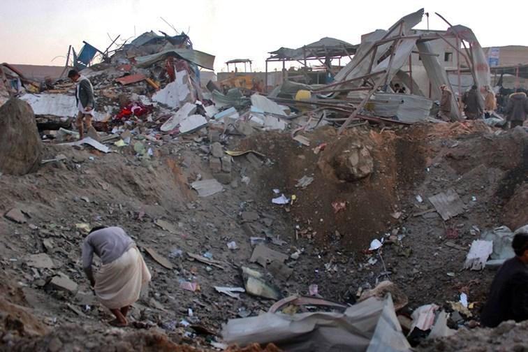 Au moins cinq morts dans deux attentats suicide à Aden