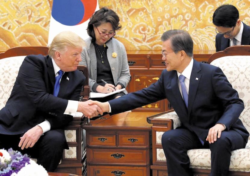 Trump et Moon appellent à resserrer l'étau sur la Corée du Nord