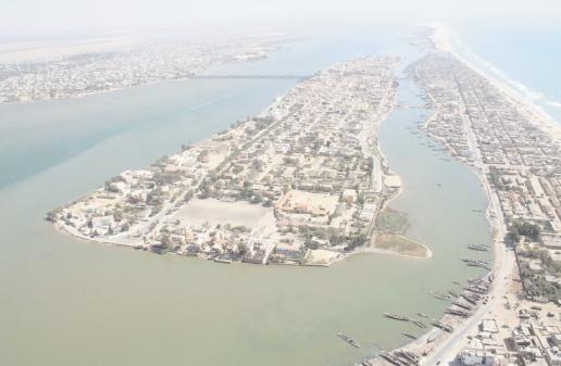A Saint-Louis du Sénégal, l'océan menace habitants et patrimoine