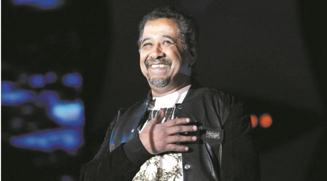 """Cheb Khaled annoncé à Djeddah pour un concert """"spécial hommes"""""""
