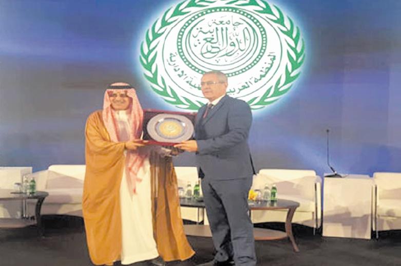 Mohamed Ben Abdelkader : Il ne faut pas réduire l'excellence administrative à son aspect de gestion en omettant la question de la moralisation