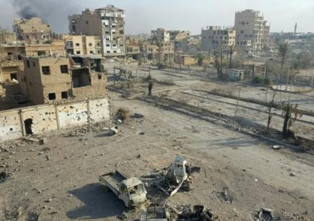53 civils tués dans des raids aériens russes en Syrie