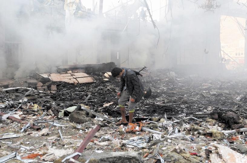12 morts dans des raids sur un camp de prisonniers à Sanaa