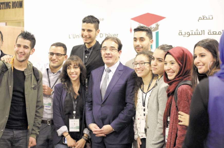 Abdelkrim Benatiq appelle les jeunes MRE à être une passerelle entre leurs pays d'accueil et d'origine