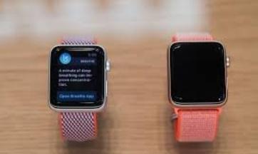 Bracelets, montres et vêtements connectés, le marché devrait doubler d'ici 2021