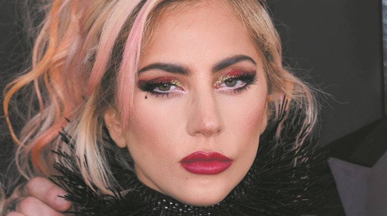 Lady Gaga pose ses valises à Las Vegas