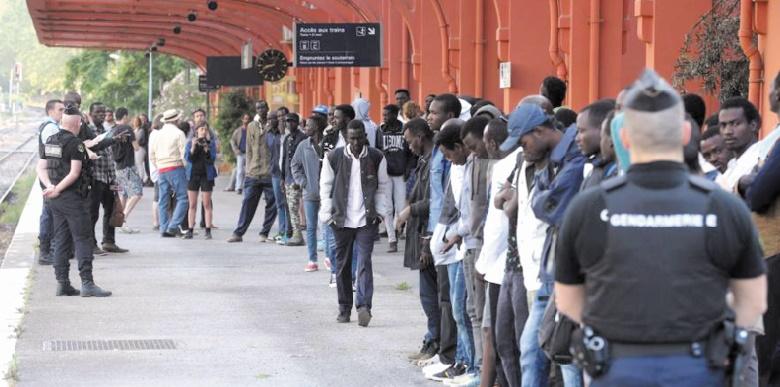 Le cap de 100.000 demandes d'asile franchi en France en 2017