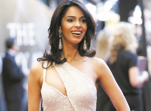 Une star de Bollywood expulsée d'un appartement parisien pour loyers impayés