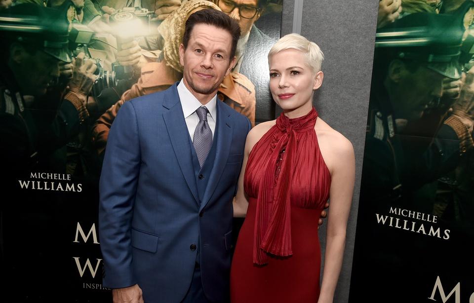 """L'écart de salaire Williams/Wahlberg pour """"Tout l'argent du monde"""" fait scandale"""
