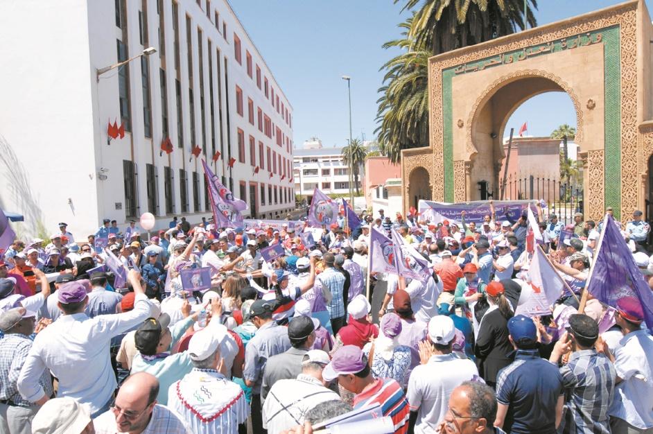 Sit-in, marches et autres grèves en vue : L'actuel gouvernement réussira-t-il là où le précédent a calé ?