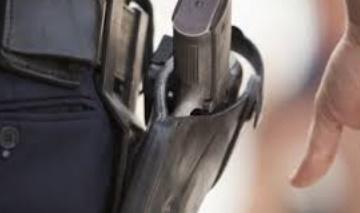 Un inspecteur de police à Rabat fait usage de son arme de service