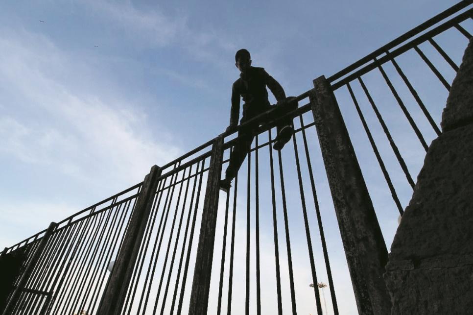 Drôle de transaction curieuse et inopportune :  Mellilia finance la construction d'un centre d'accueil pour mineurs non accompagnés à Bni Ansar