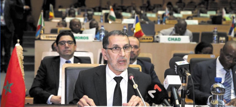 Le chef du gouvernement Saad Eddine El Othmani donnant lecture au message Royal.