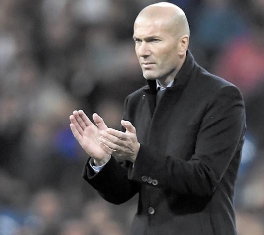 Zidane : Je dois être derrière mes joueurs
