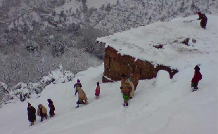 Une dizaine de bergers coincés dans les rigueurs hivernales de la région d'Imilchil