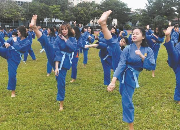 Au Vietnam, une école d'arts martiaux pour se désintoxiquer des jeux vidéo