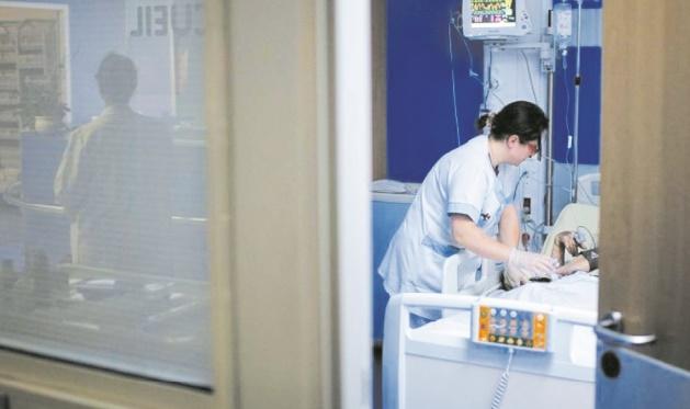 Un nonagénaire opéré de la carotide alors que l'anesthésie ne fonctionne pas