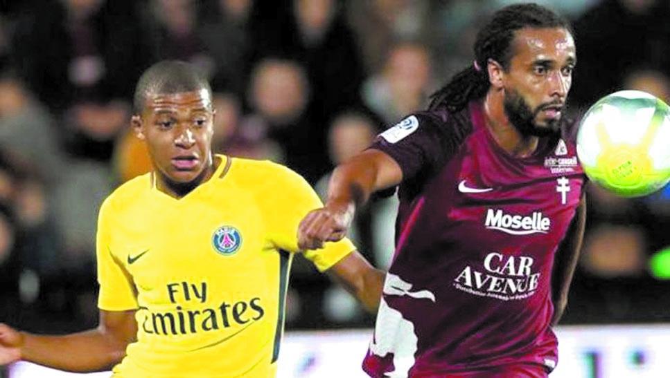 Passe d'armes entre Mbappé  et Assou-Ekotto au sujet du sport africain