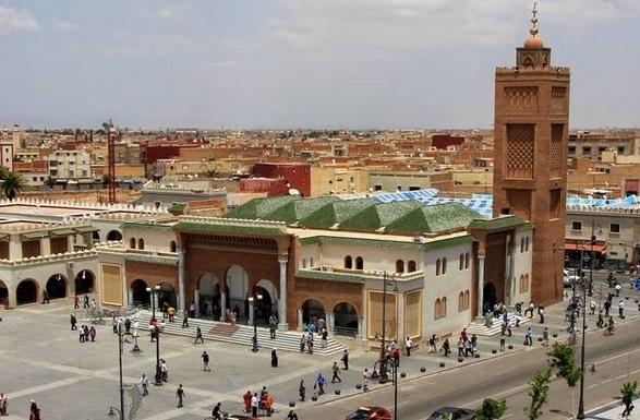 """""""Droits sociaux des Marocains du monde et régionalisation avancée"""" en débat à Oujda"""