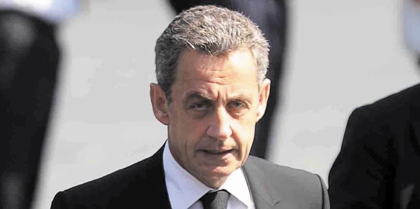 """Sarkozy dénonce """"l'enfer de la calomnie"""""""