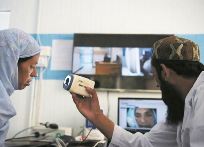 Au Pakistan, la télémédecine à la rescousse de la ruralité et des femmes médecins