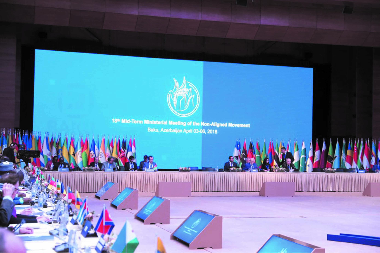 L'Algérie mise devant ses responsabilités à Bakou