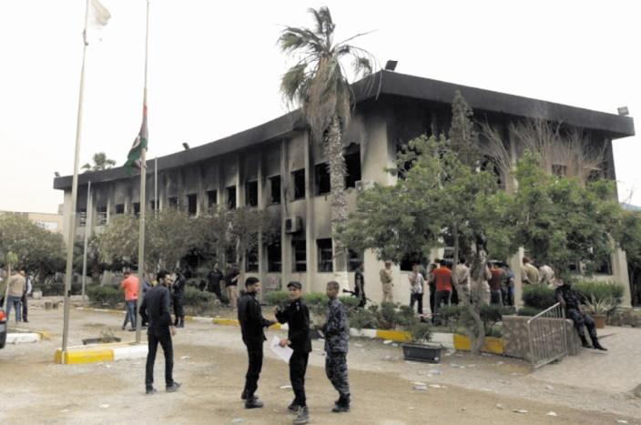 12 morts dans un attentat contre la commission électorale en Libye