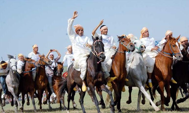 """Les cavaliers des Jbalas à l'heure du Festival international """"Mata"""""""
