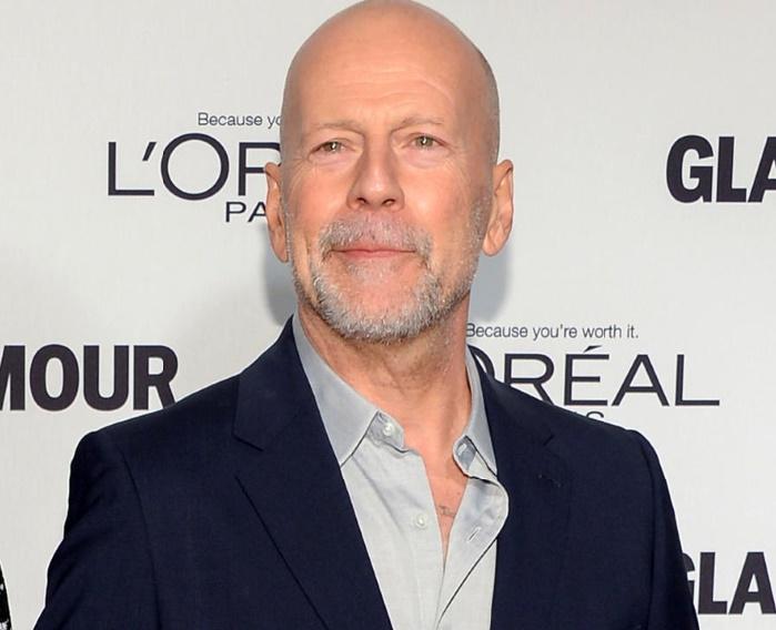 Bruce Willis monte sur le ring pour entraîner Tyson
