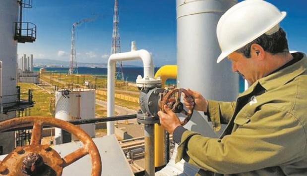 Algérie, une économie pétrolière aux abois