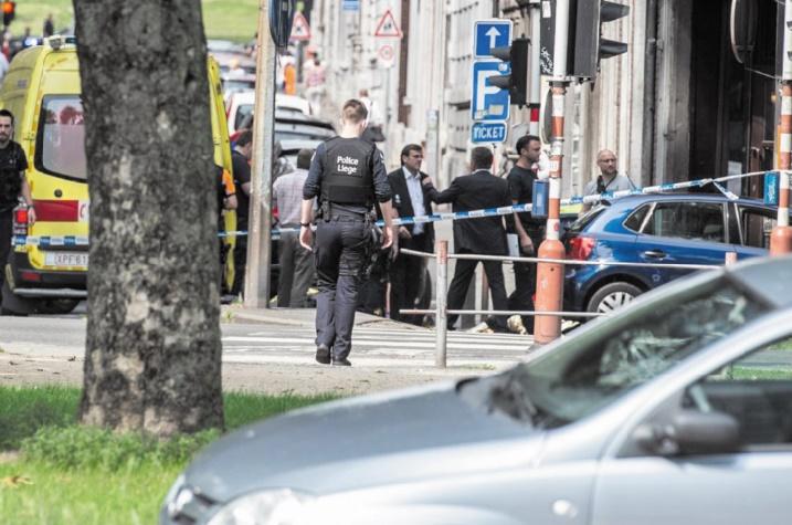 Trois morts, dont deux policiers, dans une fusillade à Liège