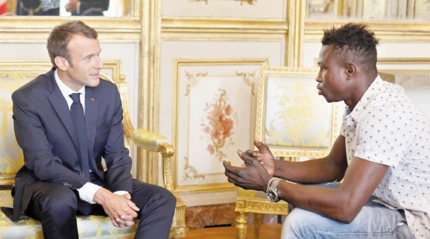 Mamoudou Gassama, migrant malien érigé en exemple en France