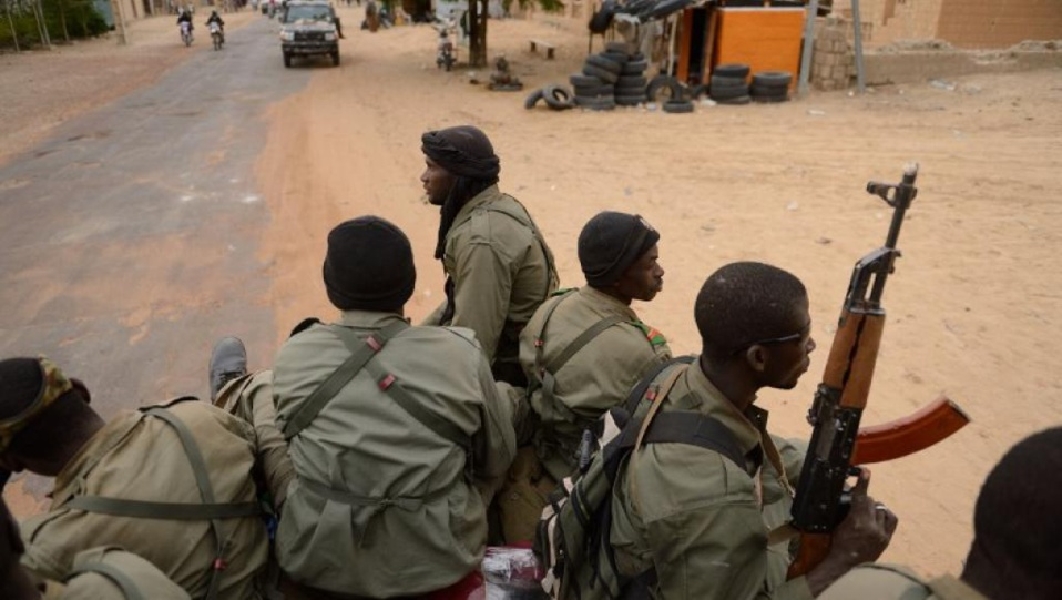 Trois soldats maliens et 13 terroristes tués dans une attaque jihadiste
