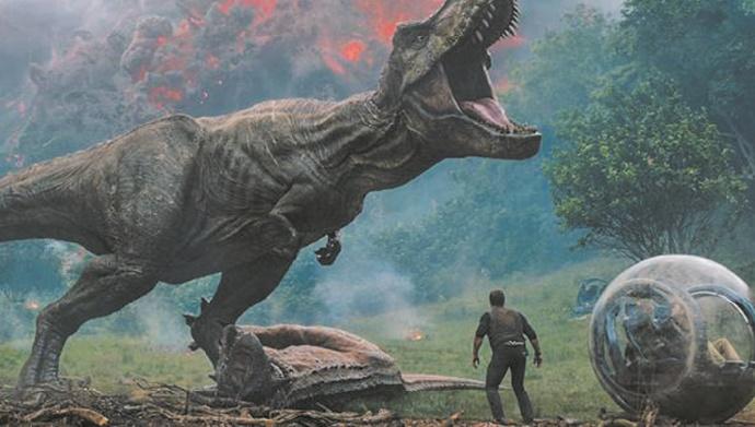 """Retour rugissant des dinosaures de """"Jurassic World"""" au box-office"""