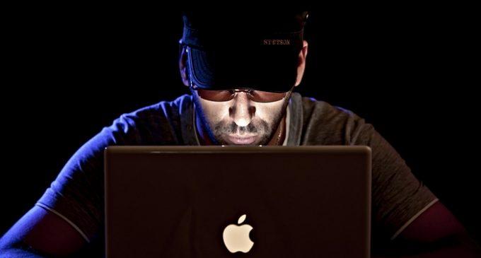 Huit hackers et maître-chanteurs hors d'état de nuire
