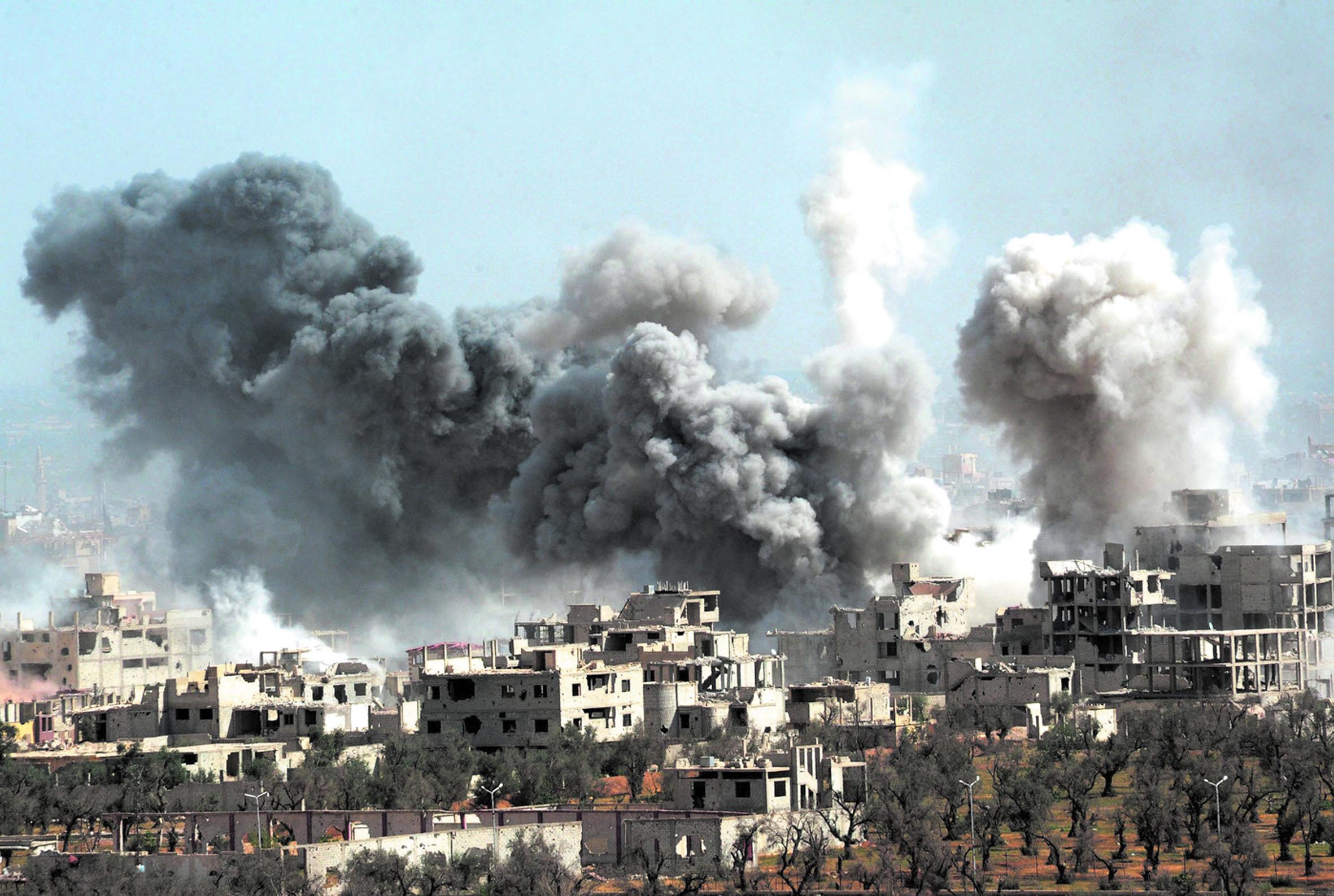 Déluge de feu sur les zones rebelles de Deraa