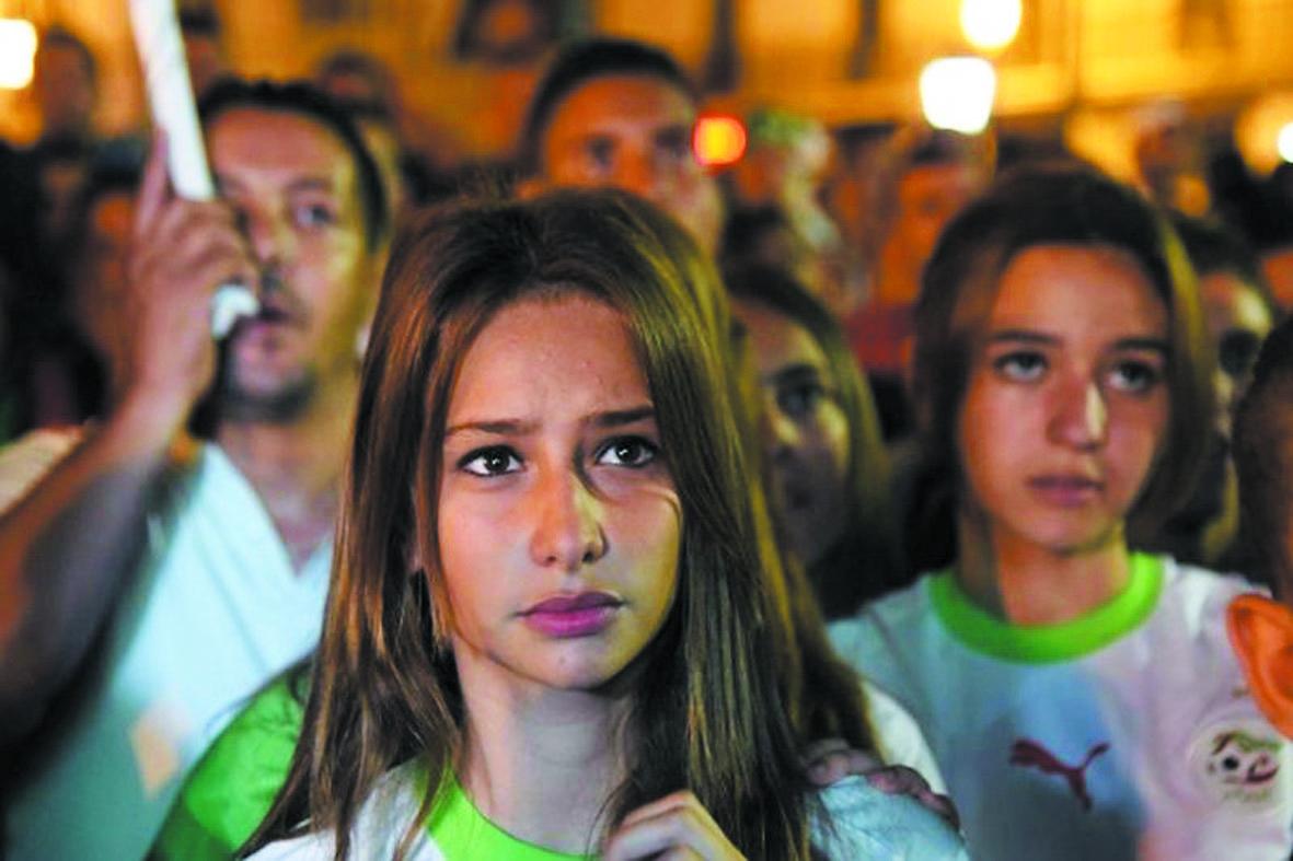 Les supportrices algériennes restent à la porte des stades de foot