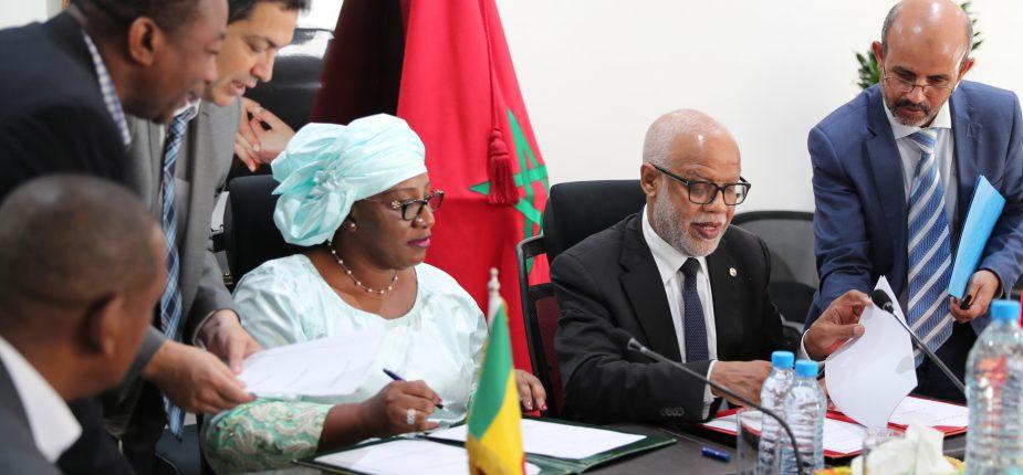 Signature à Rabat d'un protocole d'accord maroco-malien dans le domaine du travail